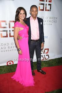 Soledad O'Brien, Pharrell Williams photo by Rob Rich © 2011 robwayne1@aol.com 516-676-3939