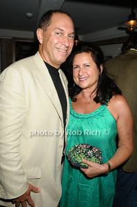 Stuart Match Suna, guest photo by Rob Rich © 2009 robwayne1@aol.com 516-676-3939