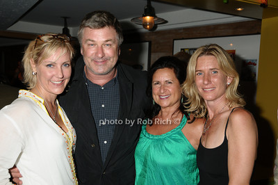 guests, Alec Baldwin photo by Rob Rich © 2009 robwayne1@aol.com 516-676-3939