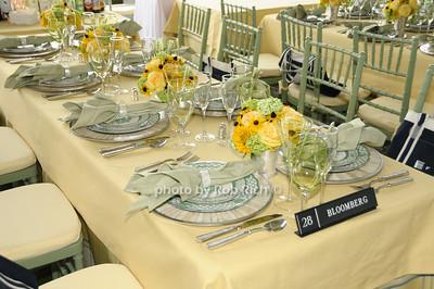 Bloomberg table photo by Rob Rich © 2009 robwayne1@aol.com 516-676-3939