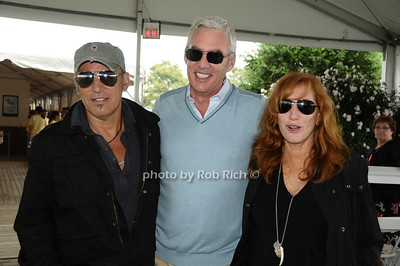 Bruce Springstein, Scott Evans, Patti Scialfa photo by Rob Rich © 2009 robwayne1@aol.com 516-676-3939