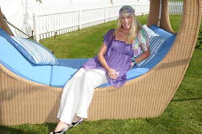 Heather Haux photo by Rob Rich © 2009 robwayne1@aol.com 516-676-3939