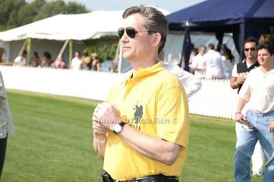 Joe Kurp (Mercedes Regional Manager) photo by Rob Rich © 2009 robwayne1@aol.com 516-676-3939