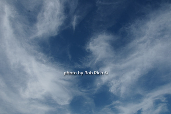 Montauk sky<br /> photo by Rob Rich © 2009 robwayne1@aol.com 516-676-3939