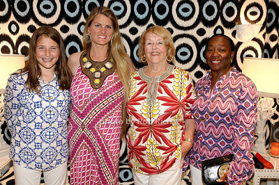 Leah Lane, Bonnie Comley, Virginia Comley, Claudette Darrell photo by Rob Rich © 2009 robwayne1@aol.com 516-676-3939