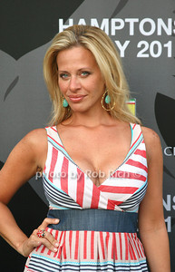 Dina Manzo photos by Jakes van der Wal