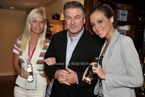 Natalia Osolliq, Alec Baldwin, Eva Ahavevce<br /> photo by Rob Rich © 2009 516-676-3939 robwayne1@aol.com