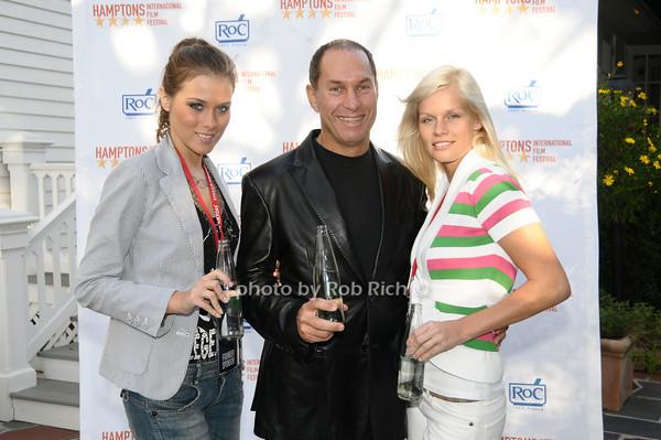 Eva Ahavevce, Stuart Match Suna, Natalia Osolliq<br /> photo by Rob Rich © 2009 516-676-3939 robwayne1@aol.com