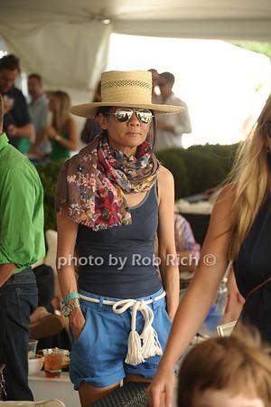 Helen Lee Schifter photo by Rob Rich/SocietyAllure.com © 2011 robwayne1@aol.com 516-676-3939