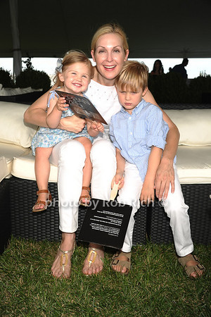 Helena Giersch, Kelly Rutherford, Hermes Giersch  photo by Rob Rich/SocietyAllure.com © 2011 robwayne1@aol.com 516-676-3939