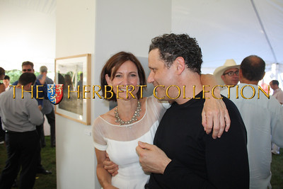 Toni Ross Host from the Hayground School gives Celebrity Guest 'Chef' Isaac Mizrahi a hug