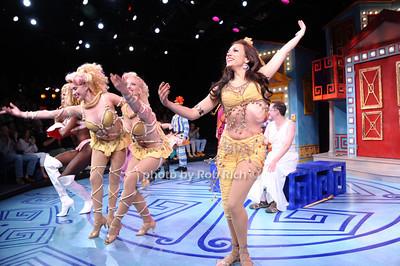 curtain call photo by Rob Rich/SocietyAllure.com © 2013 robwayne1@aol.com 516-676-3939