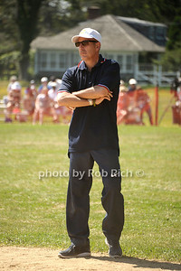 Matt Lauer plays umpire at the Artists& Writers 65th annual softball game  in East Hampton  to raise money for East End Hospice. 8-17-13.photo by Rob Rich/SocietyAllure.com © 2013 robwayne1@aol.com 516-676-3939