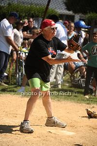 Carl Bernstein photo by Rob Rich/SocietyAllure.com © 2013 robwayne1@aol.com 516-676-3939