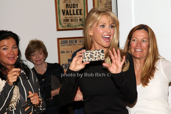 Christie Brinkley photo by R.Cole for Rob Rich/SocietyAllure.com © 2013 robwayne1@aol.com 516-676-3939