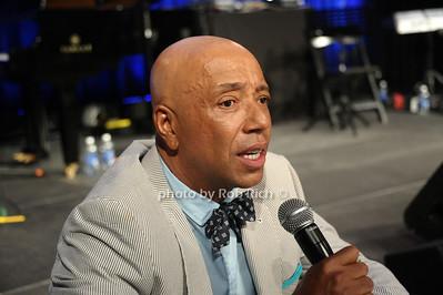 Russell Simmons photo by Rob Rich/SocietyAllure.com © 2013 robwayne1@aol.com 516-676-3939