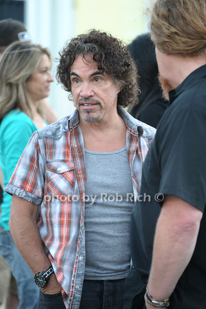 John Oates photo by Rob Rich/SocietyAllure.com © 2013 robwayne1@aol.com 516-676-3939