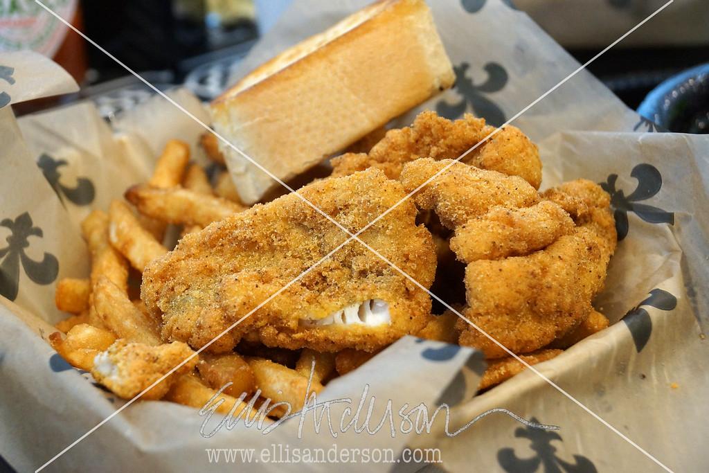Stennis cafe catfish 5165