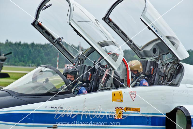 Stennis Airport NASA pilots 5111