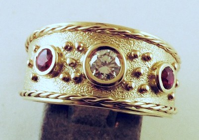 Granulation, twisted wire and bezel setting-4