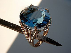 This was a very large Topaz that required a custom size head and mounting to accommodate the head.