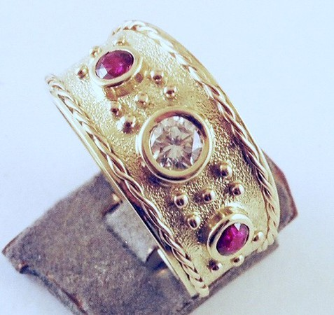 Granulation, twisted wire and bezel setting-3
