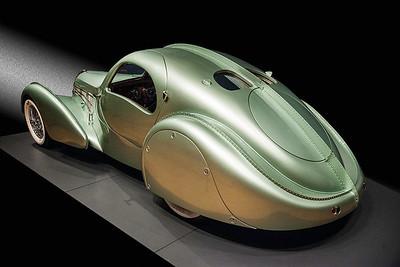 $2,500,000 Magnisum 1935 Bugatti  Aerolithe replica by the Guild