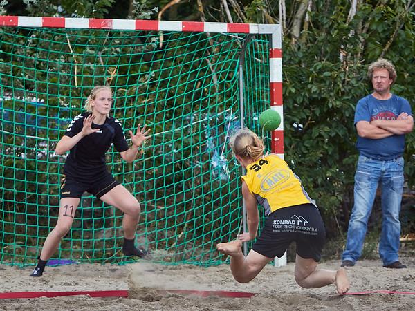 Molecaten NK Beach handball 2015 img 243