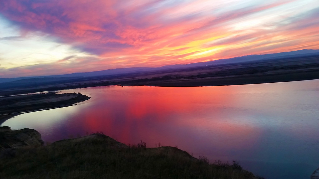 Sunset on the Columbia River | Hanford Reach National Monument