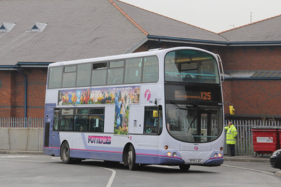 First Potteries 32634 Hanley Bus Station Apr 14