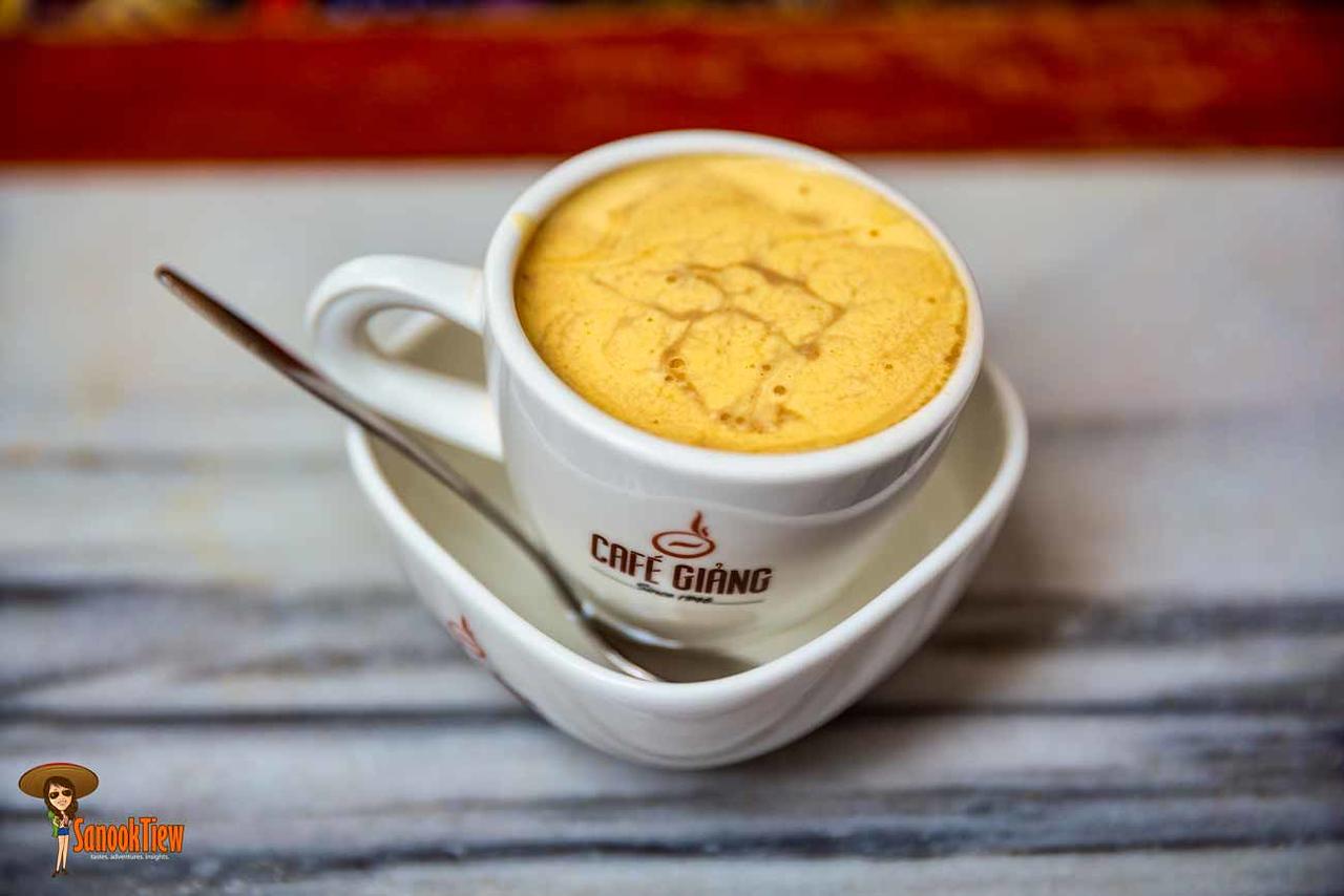 ข้อมูล เที่ยวเวียดนาม เวียดนาม Vietnam Guide กาแฟไข่ แบบร้อน ฟองไข่เนียนนุ่ม ฟินมากๆ ค่ะ
