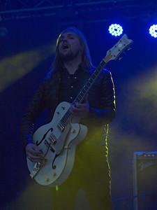 Band of Skulls Bevrijdingsfestival Groningen 05-05-12 (33)