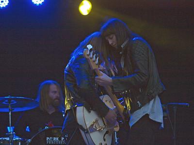 Band of Skulls Bevrijdingsfestival Groningen 05-05-12 (38)