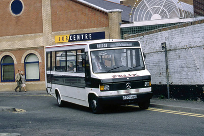 Felix Long Melford F301RMH Sudbury Bus Station Sep 94
