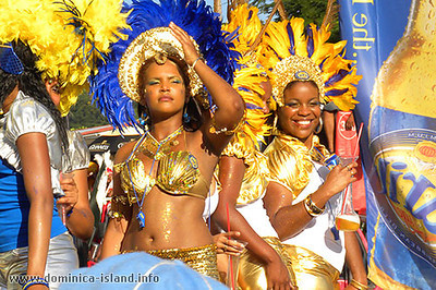 2010-carib-girls
