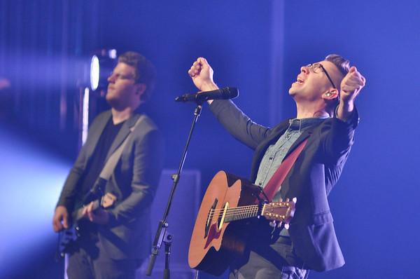Worship leader, Alex Duncan