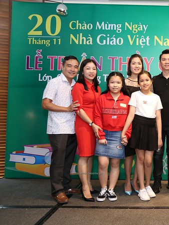 Happy-Teachers-Day-20-11-Le-Quy-Don-Class-6-10-instant-print-photobooth-Chup-anh-in-hinh-lay-lien-WefieBox-Photobooth-Vietnam-032