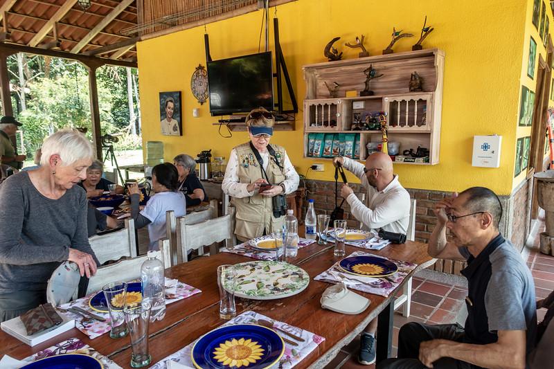 Lunch time at Tinamu Lodge
