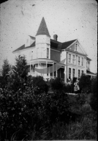 Residence-Artondale