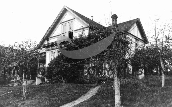 Secor house about 1907<br /> First meeting of Fortnightly Club held at Secor residence.  <br /> Fortnightly club organized Dec. 9, 1907.
