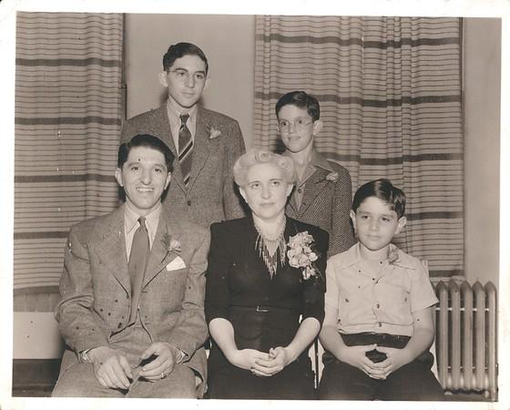 Granowskys, 1940s