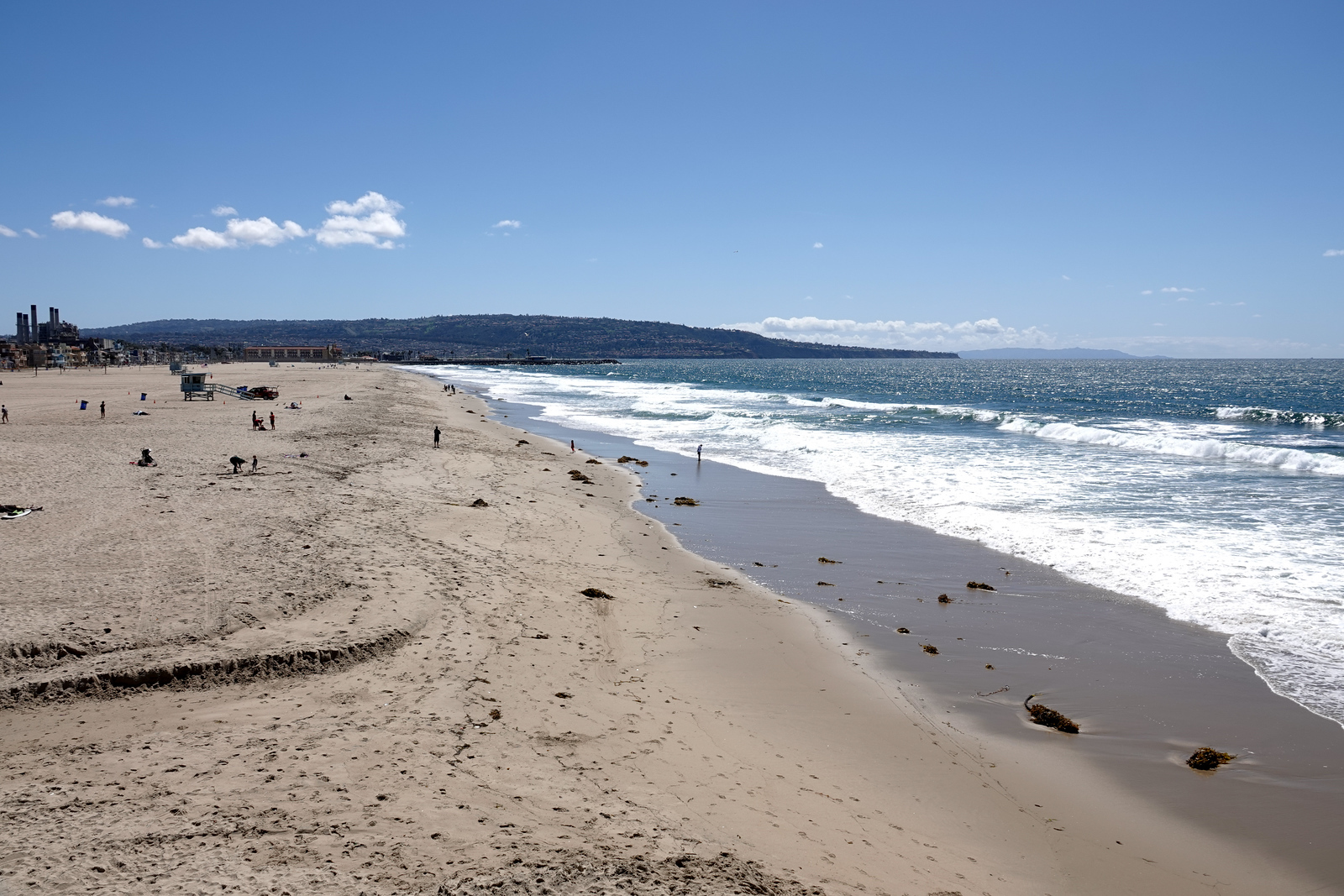 A view of the coast looking to Redondo Beach and Palos Verdes from the Hermosa Beach Pier