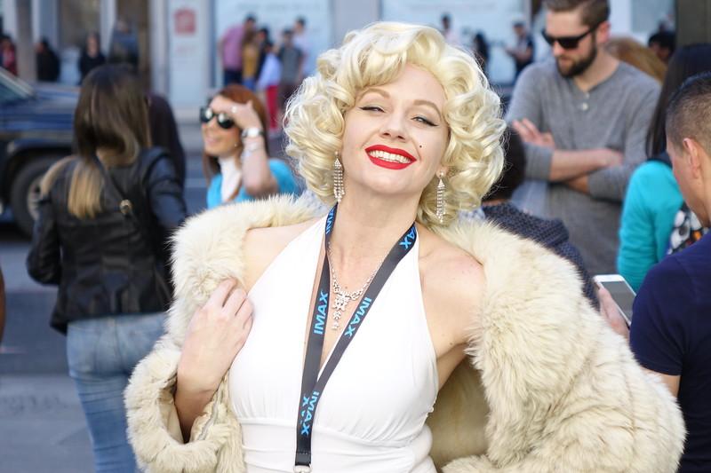 Marilyn Monroe emulator