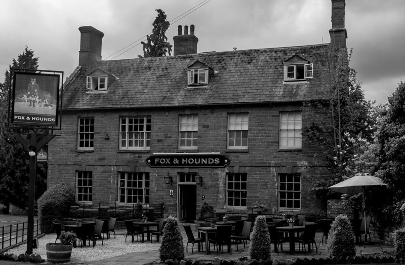 Fox and Hounds, Lower Harlestone_