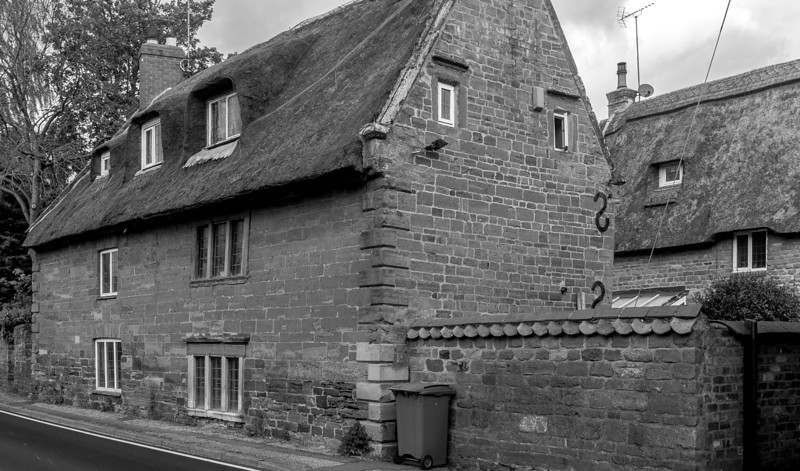 25 Harlestone Road, Lower Harlestone, Northamptonshire_