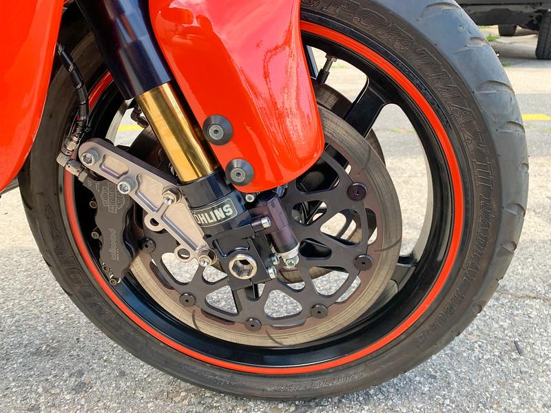 Harley-Davidson VR1000 -  (1)