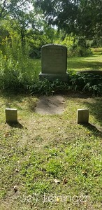 Family grave.