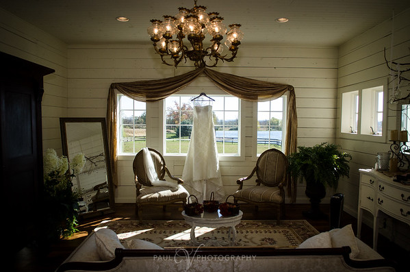 Lakeview Farms Bridal Room