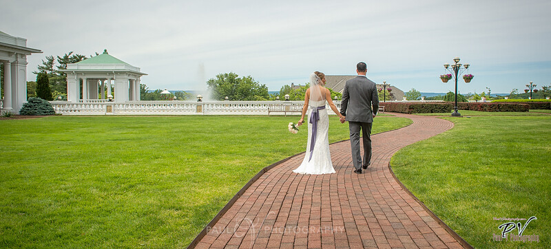 Hotel Hershey Wedding Photography in the Formal Gardens