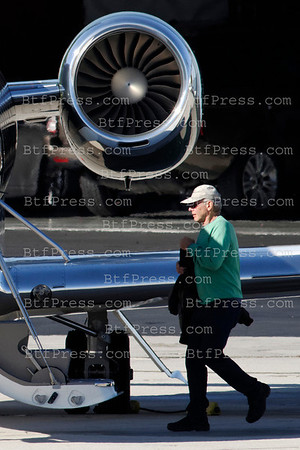 Harrison Ford takeoff from Santa Monica to his rank in Jackson Hole with Calista, Liam and families